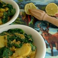 3 gute Dinge: Rote Linsen, Kartoffeln und Spinat