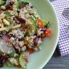 Nussiger Quinoa-Salat für kalte Herbsttage