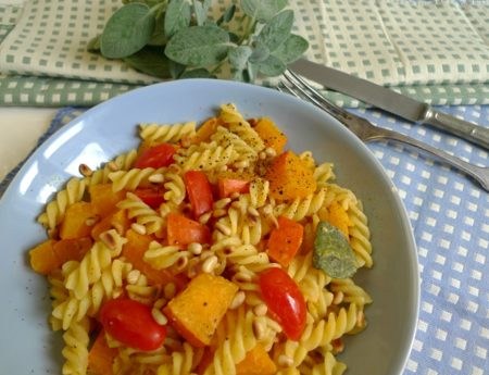 Soulfood für kalte Tage: Kürbispasta mit Salbei