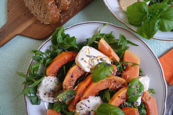 Papaya-Mozarella-Salat