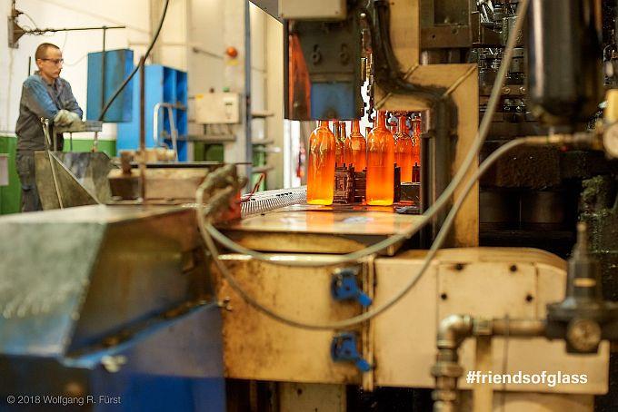 Bei 1600 Grad wird Glas produziert
