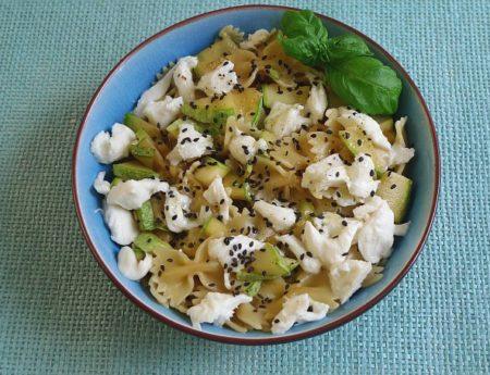 Sommerfrische Zucchini-Zitronen-Pasta